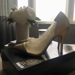 450d979183ea Women s Von Maur Shoes on Poshmark